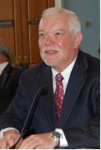 Welch testifies to Congressional panel.